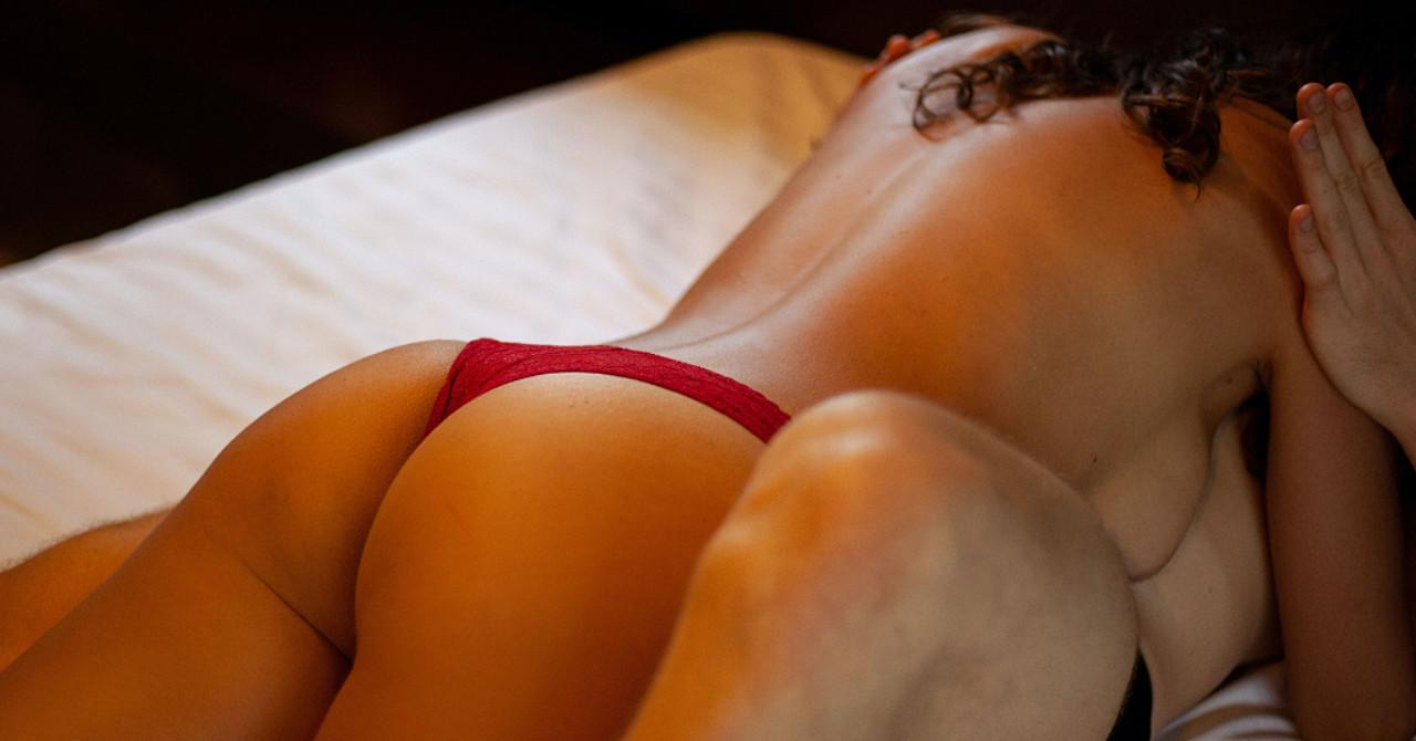 【ひげセオリー】アラフォー・雑魚メンが半年で20人以上の年下をゲットして見つけた定理【①恋愛マーケットで売れる自分になる「商品開発」編】