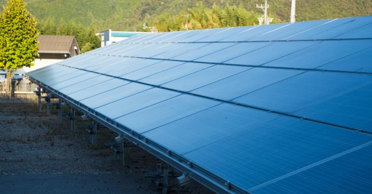 """太陽光発電投資""""1年""""で資産0から6,000万円を形成する方法【チャンスはあと1~2年!】"""